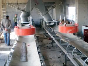 悬挂式电磁除铁器 -安装现场